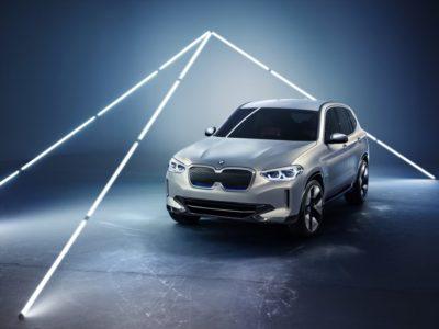 Nu öppnar förhandsbokningen av elbilen BMW iX3