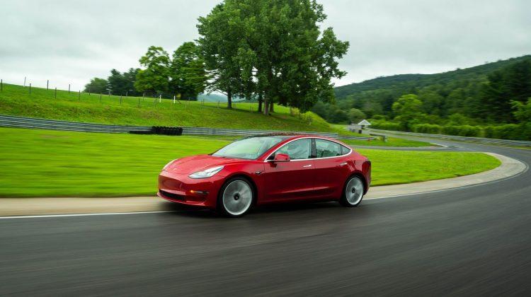 Begagnad Tesla Model 3 – Funderar du på att köpa en Tesla?