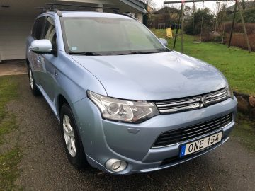 Outlander PHEV Business Nav